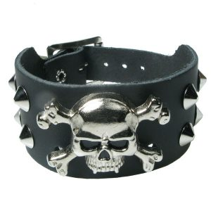 2 Row Spiked Skull and Crossbones