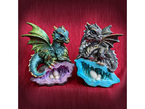 Nest Guardian Dragon Figure Geode Collection