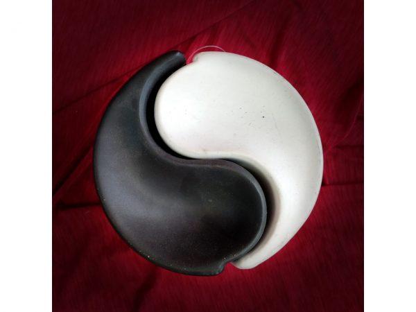 Yin Yang Oil Burner