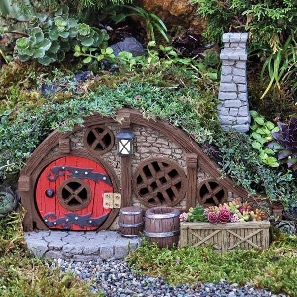 Red Root Burrow Garden Miniature