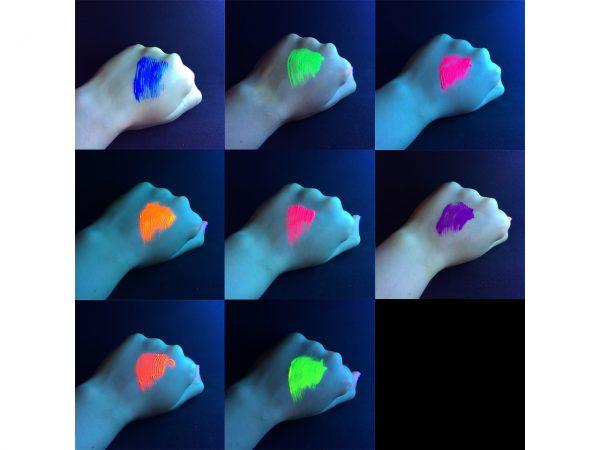 Stargazer Neon UV Mascara