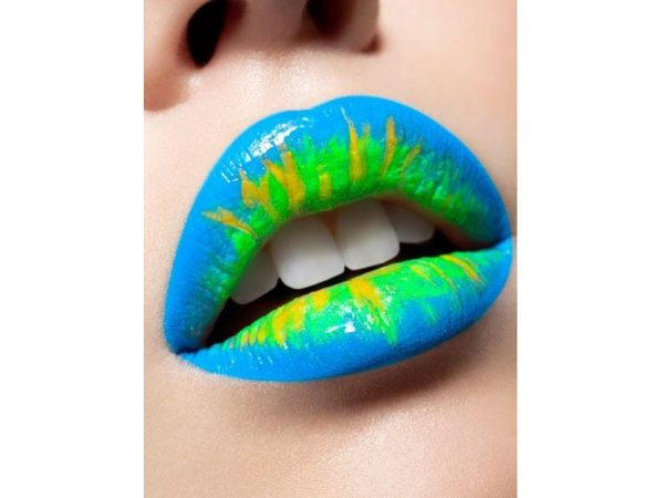 Stargazer Neon UV Lip and Eye Pencil